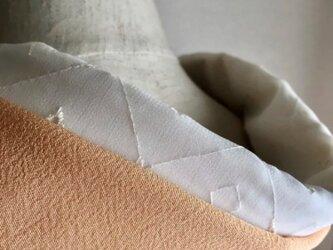 洗える半襟 清楚な刺繍の画像