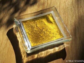ガラスの角皿 -「 金色のガラス 」・11cm角の画像