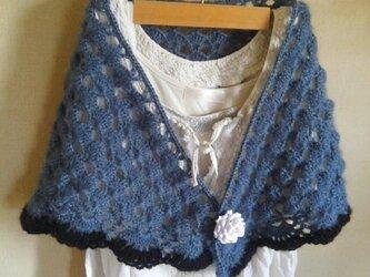 ふんわり編みのストール の画像