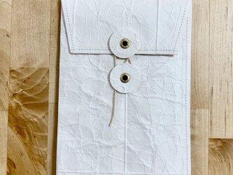 牛乳パックで作ったたまひもタテ封筒の画像