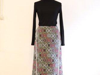 丸紋繋ぎのレールデザインスカート MLサイズの画像