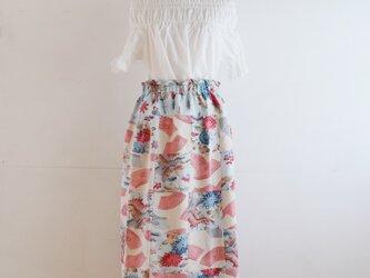 絹 紅型染風パッチワークのリラックスゴムスカート Fサイズの画像