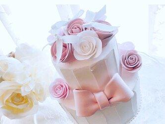 ピンクりぼんと薔薇のクレイケーキの画像