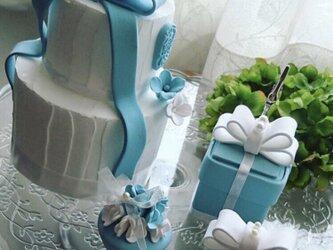 ブルーのクレイケーキの画像