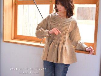【M〜L】○心地良く優しいリネン服○洗い込まれたくったりベルギーリネンで魅せる、ピンタックブラウス(ベージュ)の画像