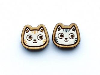『田田製作所』手作り レディースイヤリング 紋猫の画像