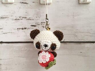 【受注生産】赤イチゴ・こげ茶×白パンダさん・鈴付きイヤホンジャックの画像