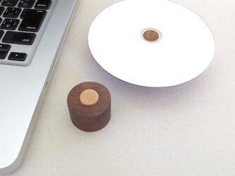 diskStay「まる」ウォールナット材の画像