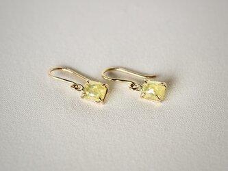 Mimosa diamond earringsの画像