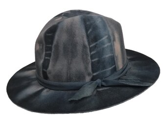 Rail blue dyed fedora hatの画像