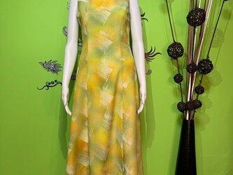 着物から作ったワンピースドレス レモンライムの画像