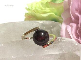 ガーネット 指輪 1月誕生石 レア 大粒 天然石 一粒 リング ☆ ダイナデザイン ☆ ゴールド カラー 9号の画像