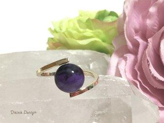 チャロアイト 指輪 紫 黒 マーブル 大粒 レア 天然石 一粒 リング ☆ ダイナデザイン ☆ ゴールド カラー 9号の画像