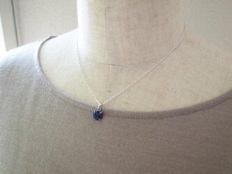 ラピスラズリの一粒ネックレスの画像