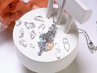 大人可愛い スワロフスキー & ワイヤー ネックレス(160220 crystalAB オクタゴン)~ブルーの透明感~の画像