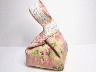スクウェア巾着ポーチ (スモーキーピンクローズ)の画像