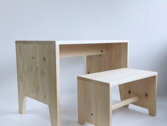 キッズデスク キッズチェア 子供家具 幼児家具 子供椅子 無垢材 国産ひのき シンプルなデザイン の画像