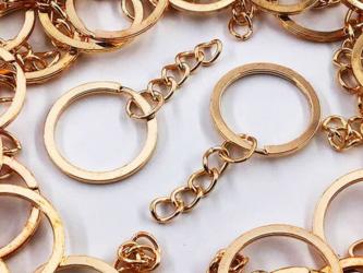送料無料 平キーリング 25mm ゴールド KC金 50個 丸カン チェーン付き 二重リング ナスカン AP0977の画像