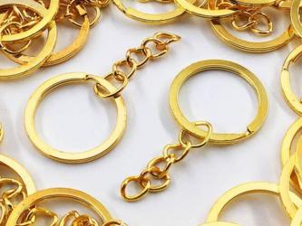 送料無料 平キーリング 25mm ゴールド 50個 丸カン チェーン付き 二重リング ナスカン キーホルダーAP0980の画像