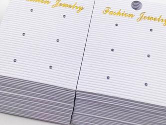送料無料 ピアス台紙 白 大きめ ホワイト 50枚 フック付き 吊り下げ ディスプレイカード ホワイト AP0982の画像