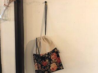 アンティーク花柄の巾着袋(ba-tt-043)の画像