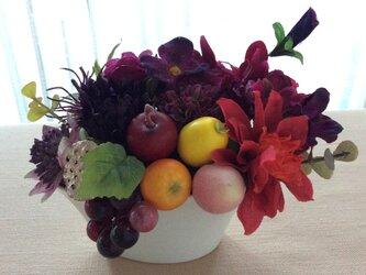 仏花     真珠の涙    福   (果物のお供え付き仏花)の画像