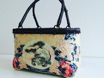 """一閑張りバッグ  """"唐獅子と牡丹"""" 浮世絵仕上げの画像"""
