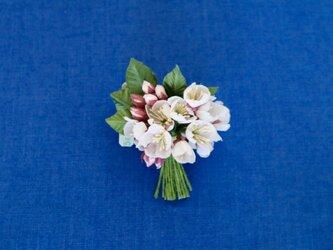 布花 桜のコサージュDの画像