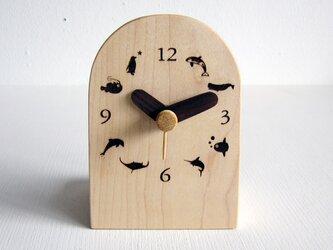 卓上 water creature 時計の画像