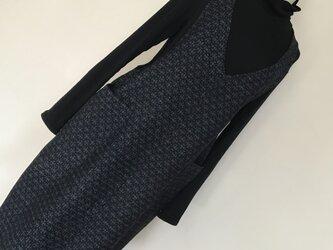 0127    着物リメイク 2L~3L寸法 Vネックジャンバースカート   真綿紬 の画像