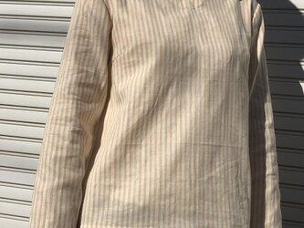 ダブルガーゼ体型カバーTブラウスストライプVネックベージュの画像