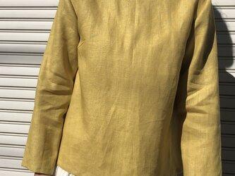 リネンの体型カバーTブラウス黄の画像