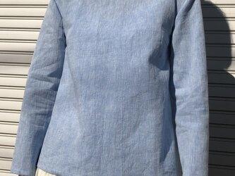 コットンリネンの体型カバーTブラウスサックスブルーの画像