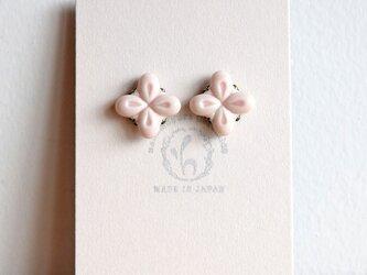 花のピアス【ピンク】(b)の画像