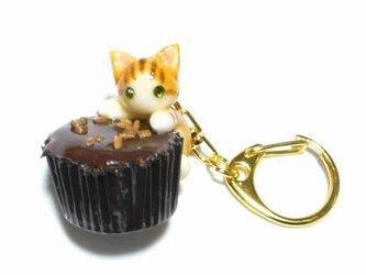 にゃんこのしっぽ○カップチョコにゃんこ○キーホルダー○猫○茶とら白猫1の画像