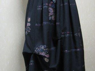 ジャケットと同じ生地でタック入りの裏付きスカートを創りました。の画像