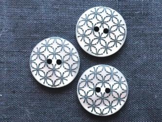 (3個) 七宝つなぎ模様のボタン UK直輸入の画像