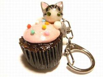 にゃんこのしっぽ○カップチョコにゃんこ○キーホルダー○猫○さばとら白猫2の画像