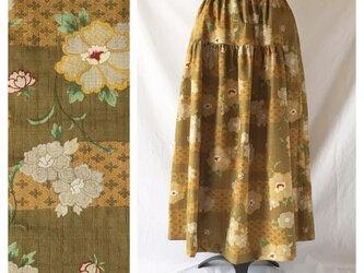 【和柄】はんなりとシックなティアードスカート(流水に花:マスタード)の画像