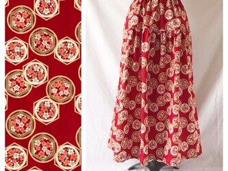 【和柄】はんなりと可愛いティアードスカート(花と亀甲:レッド)の画像