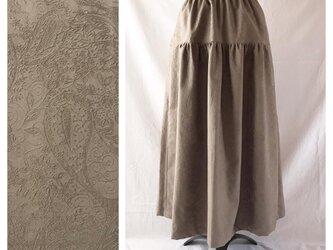 レディのためのティアードスカート(ジャガードペイズリー:グレージュ)の画像