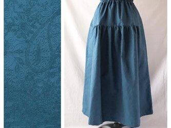 レディのためのティアードスカート(ジャガードペイズリー:ブルー)の画像