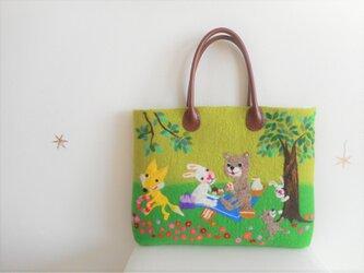Sachi様 オーダー品 動物たちの森のお花畑でピクニックの画像