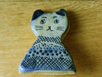 猫のブローチの画像