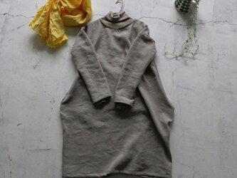 【春NEW】コクーンシルエットのワンピース 浜松手染めリネンウールの画像