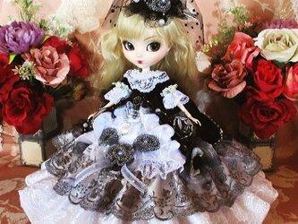 ベルサイユの薔薇 黒のシンフォニー 豪華ロココ調プリンセスドールドレスの画像