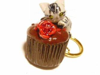 にゃんこのしっぽ○カップチョコにゃんこ○キーホルダー○猫○アメリカンショートヘア2の画像