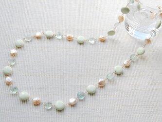 レモンクリソプレーズとグリーンフローライトの春色ネックレス14kgfの画像