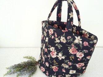 たっぷり入る❤︎花柄柄トートbagの画像