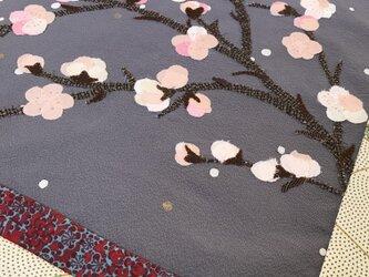 ヴィンテージ着物の布絵 梅が咲きましたの画像